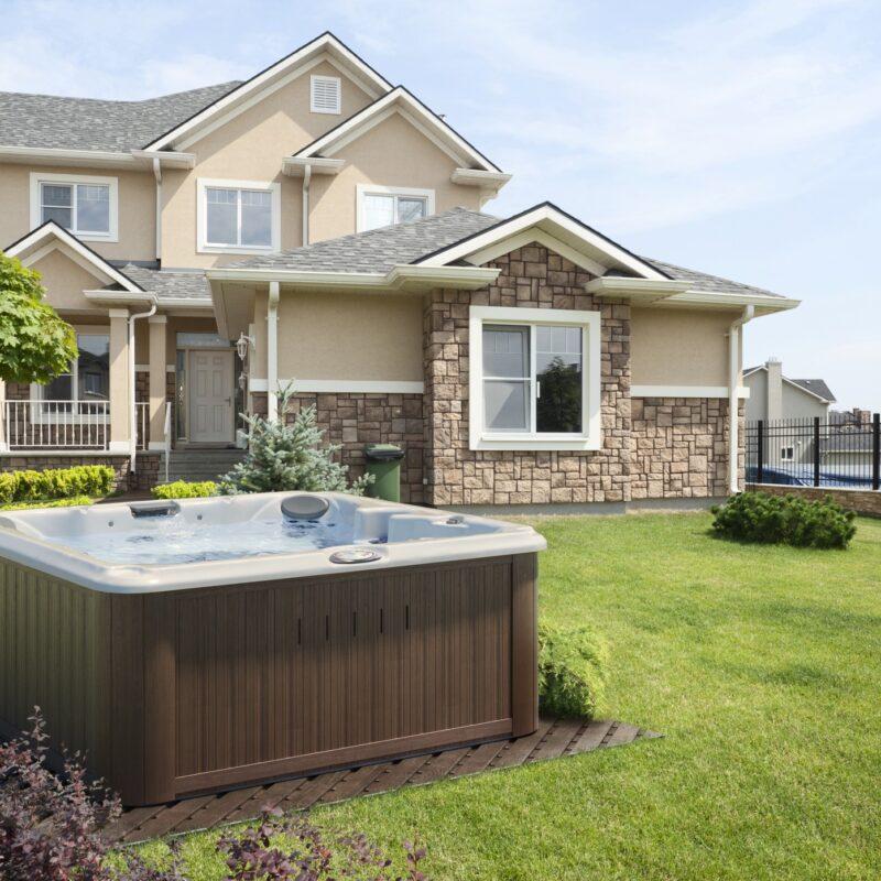 backyard outdoor jacuzzi hot tub