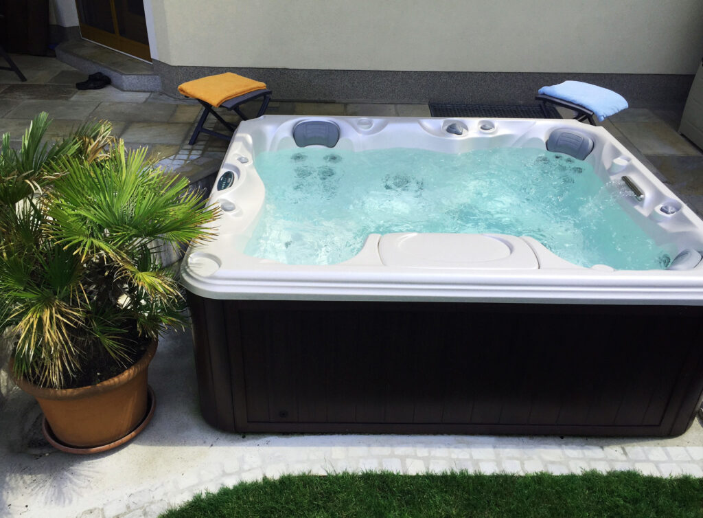 Hot Tubs for Sale in Colorado